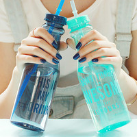 2016 New Fashion 650ml Unbreakable Water Bottle Creative Portable Sports Bottle With Straw Plastic Cup