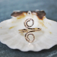 Hammered Grecian Style adjustable Toe Ring 14k Gold Filled - also available in Sterling Silver or Copper