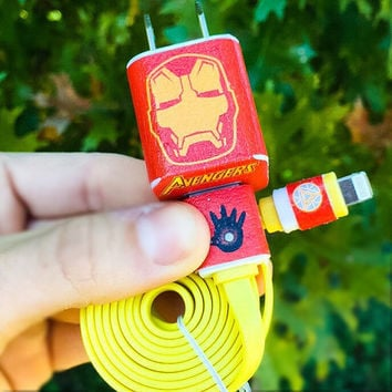 Advengers Iron Man iPhone 5/6/7 Charger