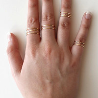 Gold Thin Band Ring Set