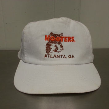 Vintage 90's 80's Hooters Atlanta GA Snapback Hat Restaurant Tourist Hat Truckers hat Hipster Style Dad Hat