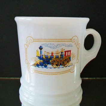 Vintage Avon Train Mug Milk Glass Locomotive White Collectible Shaving Cup Men's Grooming