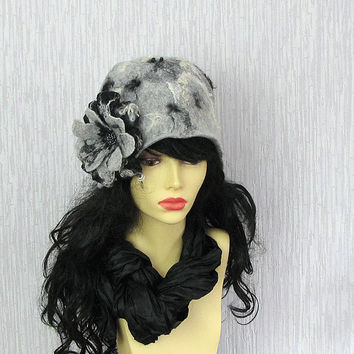 Felted Cloche Hat Women Hat Flapper Hat Retro Style CLOCHE  hat Art Deco Hat OOAK  fancy felted hat  OOAK