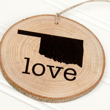 Oklahoma Love state shape Maple wood slice ornaments - Set of 4.  Wedding favor, Bridal Shower, Country Chic, Rustic, Valentine Gift