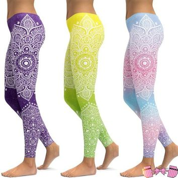 Paisley Pattern Fitness Yoga Pants For Women