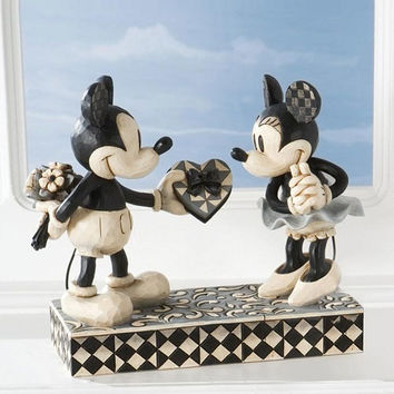 Disney Traditions Mickey and Minnie Mouse Real Sweetheart by Jim Shore