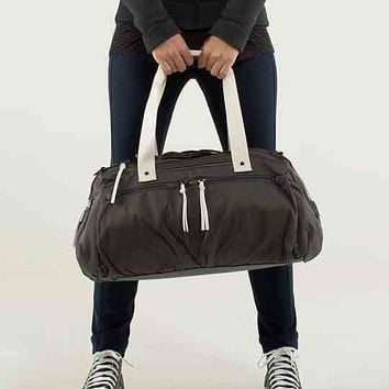 work it out duffel | women's bags | lululemon athletica