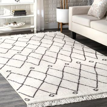 nuLOOM Off White Contemporary Cabin Diamond Moroccan Tassel Area Rug - 5' x 8' | Overstock.com Shopping - The Best Deals on 5x8 - 6x9 Rugs