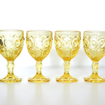 Fostoria glass goblet Moonstone pattern  set of 4 by SCAVENGENIUS