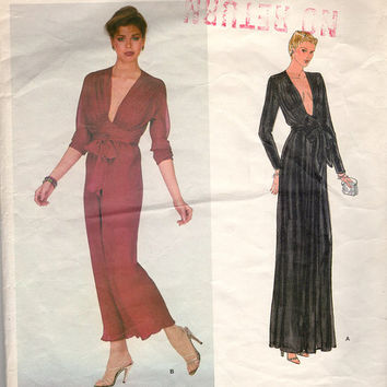 Vintage VOGUE French Boutique 2254 American Hustle Plunging Low Cut Dress Gown with Criss Cross Front Tie Size 16 Bust 38 Uncut