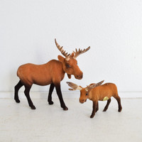 Vintage Moose - Figurines - Display