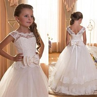 Cheap Kids Lace Flower Girls Dresses First Communion Dresses Cap Sleeves Formal Wear Girls Pageant Gowns