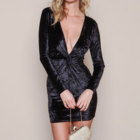 BLACK TWIST PLUNGE VELVET DRESS