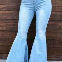 Cute & Flare Jeans: Denim