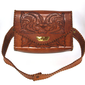 1960 Vintage Purse / Hand Tooled Leather Bag / Hand Tooled Flowers/ Southwestern Leather Purse VTG Saddle Bag Boho Purse Hippie shoulder bag