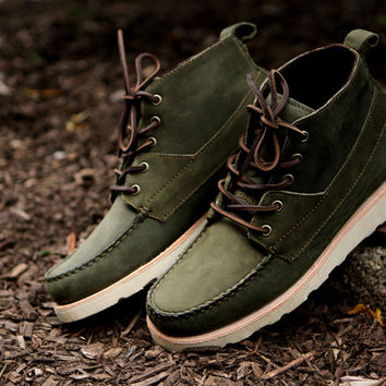 Sebago Iroquois Lux Boot - Olive | 7 Boots | Ronnie Fieg x Sebago
