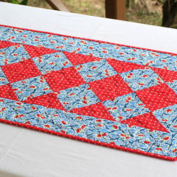Summer Table Runner, Blue Quilted Table Runner, Red White Flowers, Floral Table Runner, Mother's Day Gift, Handmade Table Quilt