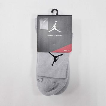 Nike Men Jordan Ultimate Flight DRI-FIT Quater Socks Grey Basketball SX5855-012