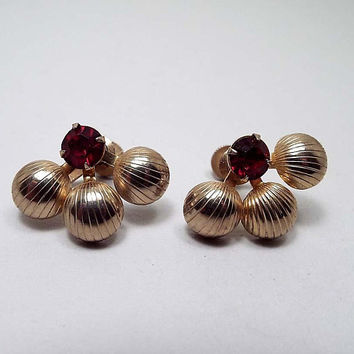 Vintage Red Rhinestone Screw Back Earrings, Duane Signed, Gold Tone, Mid Century 1950s 50s