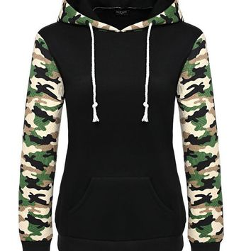 Printing Splicing Pocket Hooded Sweater