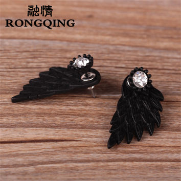 New Fashion Punk Wing Earrings Gothic Jewelry Feather Stud Earrings for Men and Women
