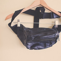 Vintage 80's Fanny Pack Black Leather Sport with Zipper and Pocket Hipster Fannie Pack Bum Bag Rave Festival Wear Club Kid