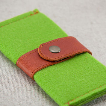 Green felt with metal  button closure case for iPhone 4/4S/5/5S