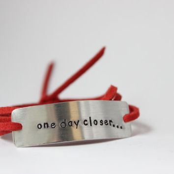 "deployment bracelet, hand stamped, ""one day closer"", military wife, military girlfriend, deployment jewelry, military jewelry"
