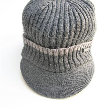 Calvin Klein Knit Beanie with Bill OS
