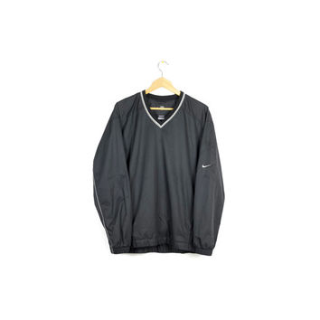 NIKE black wind shirt / pullover windbreaker jacket - black & white - minimalist / swoosh logo / large