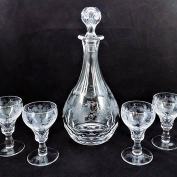 Val St. Lambert Vignes, Cut Crystal, Grapes and Leaves, Decanter Set, Four Port Wine Glasses, Mid Century Crystal