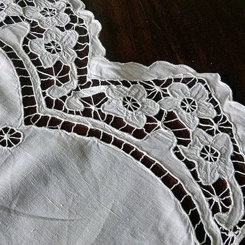 Vintage richelieu embroidery (1960s), cutwork embroidery, Handmade, sewing machine, Home & Living, Home Decor, White  My Wealth