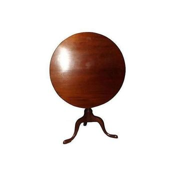 Pre-owned 18th Century Mahogany Tilt Top Table