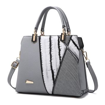 TALLEST Black And White Stripe Tote Bag Female Shoulder Bags PU Leather Purse