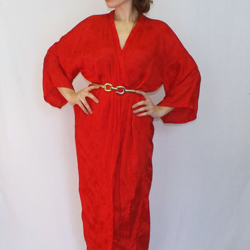 Vintage 80s Long Red Oriental Golden Bee Floral Embroidered Chinese Silky Robe Lingerie Pin Up Girl Boudoir Medium