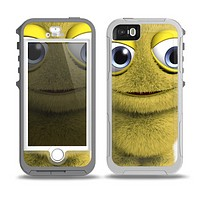 The Yellow Fuzzy Wuzzy Creature Skin for the iPhone 5-5s OtterBox Preserver WaterProof Case