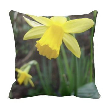 Yellow Daffodil In Soft Focus Design Throw Pillow
