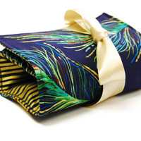 Make up bag organizer in Elegant Feather fashion by LilachOren