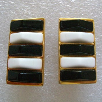 Signed GJD By Ginnie Johansen Designs Gold Tone Golden and Black White Glass/Lucite Retro Clip on Back Earrings Vintage From The 70's/80's