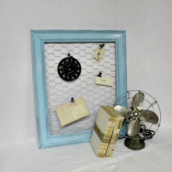 Farmhouse Chicken Wire Frame - Farmhouse Antique - Robins Egg Blue Frame - Distressed Frame - Farmhouse Frame - Antique - Rustic Frame