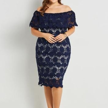 Slash Neck Plus Size Women's Lace Dress