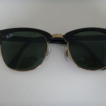 Rayban Clubmaster Sunglasses 3016 W0365 Black with Green Lens 51mm