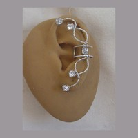 Rhinestone Ear Cuff in Silverfilled