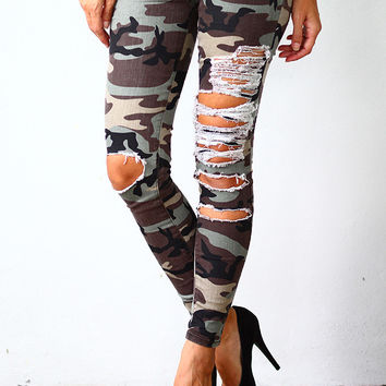 Camo Super Destroyed Skinny Jeans