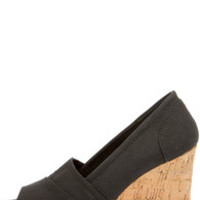 Bamboo Leah 01 Black Peep Toe Wedges