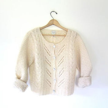 Vintage cardigan sweater. Natural white Fisherman's sweater. Cropped open knit mohair cable knit button up sweater. Small