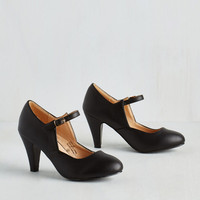 Versatile, Chorus, Bridge Heel in Black