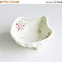 CIJ SALE Vintage Bone China Trinket Dish. Shell Shaped Dish. White with Pink Roses. Jubilee China Made in England.