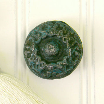 Dresser Pulls, Drawer Pulls, Dresser Knobs, Drawer Knobs, Cabinet Knob, Dresser Hardware, Decorative Knobs, Cast Iron Knobs, Unique Knobs