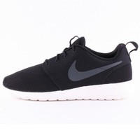 Nike Roshe Run Mens Trainers in Black Anthracite